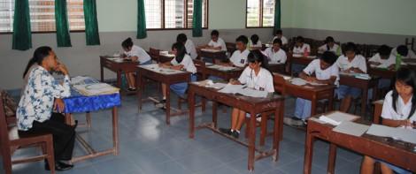 212 Siswa SMA ASSISI Ikuti UN 2014